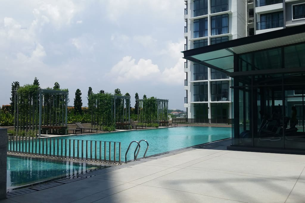Swimming pool and gym which is free to use - only for residents and guests of the condominium.