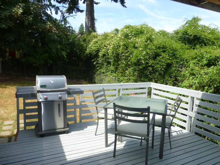 Enjoy the sunset on the large deck off the kitchen