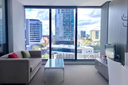 Luxury apartment across Southern Cross Station