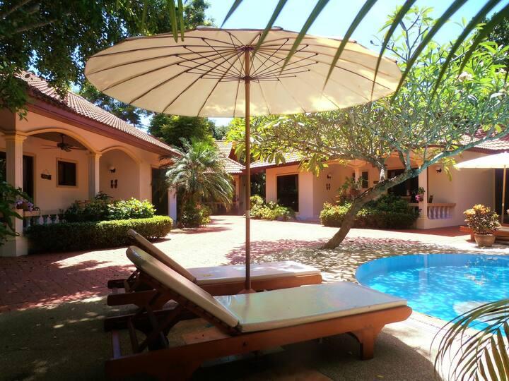 """TROPICAL VIP """"Coconut Palm"""" 2 Bedroom Pool Villa"""