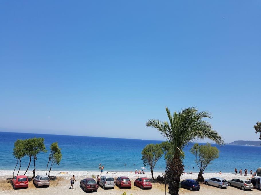 Main beach 20 mtrs infro nt of villa