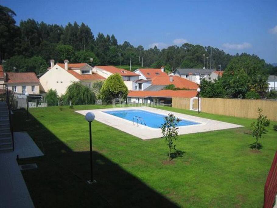 Piso completo con piscina cerca de ferrol y coru a - Apartamentos con piscina en galicia ...
