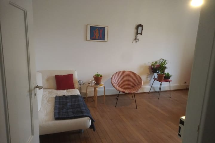 Cozy place for 1-3 people in Zürich