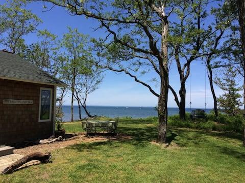 해변과 인접한 햄프턴 스타일의 전원주택!