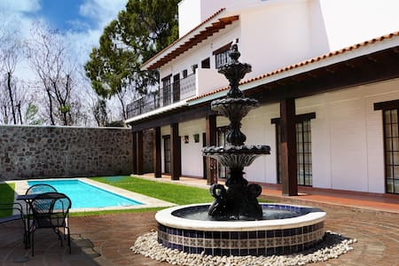 Casa Bonita Ixtapan de la Sal - Ixtapan de la Sal - Villa