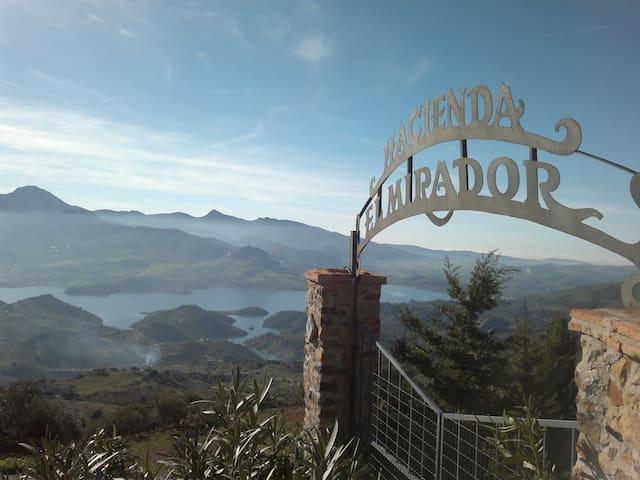 Hacienda El Mirador: House 3 - El Gastor - Jiné