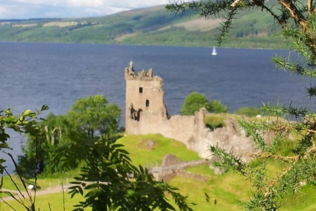 Urquhart Castle on the shores of Loch ness Nr Drumnadrochit.