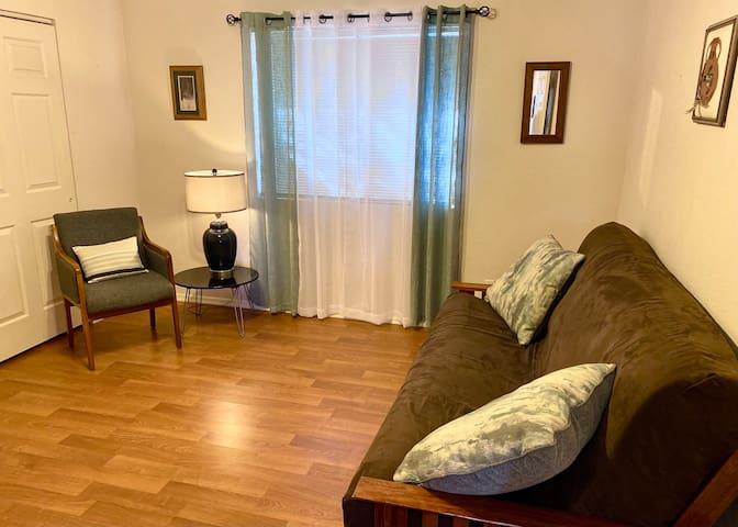 Novelette Room / Bedroom