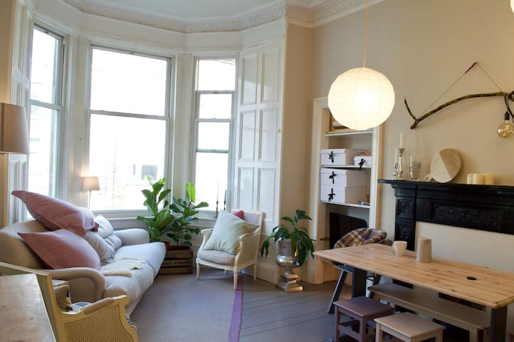 Stylish Home With Charm & Character - Kid Friendly - Edinburgh - Apartment