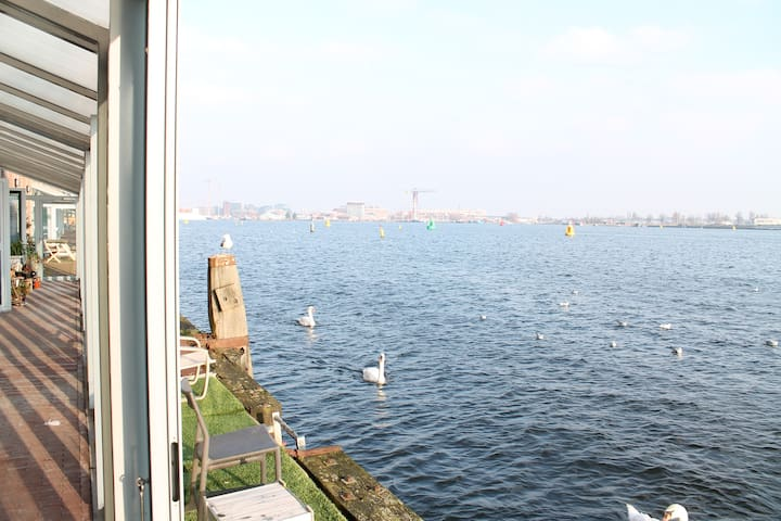 Beautiful apartment with view over the IJ | 2P - Amsterdam