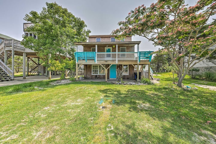 Outer Banks Cottage - Walk to Frisco Beach!