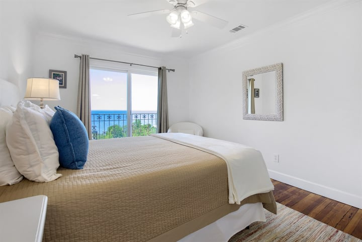 The Cypress @ Jubilee Suites- 2BR/1B - 4 Adults total