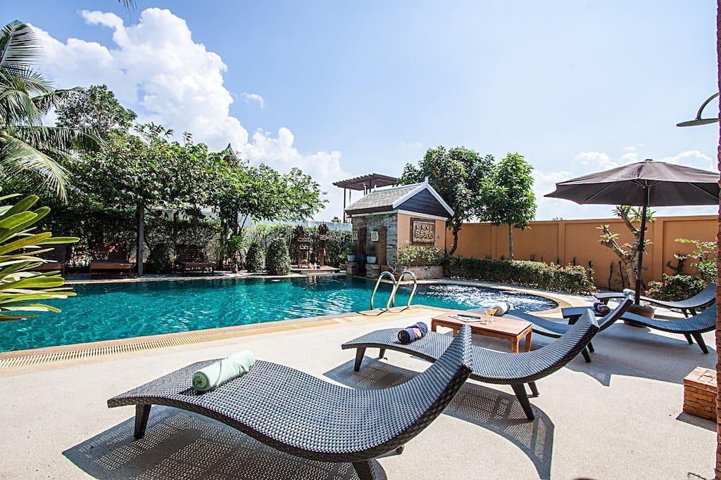 Terrace around Pool