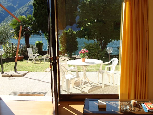 House Le Palme directly on the Lake Lugano - Cima - 公寓