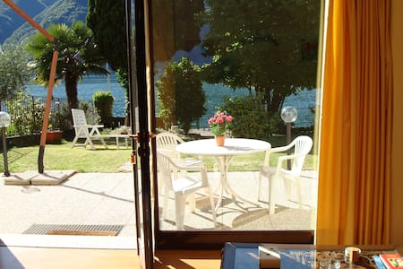 House Le Palme directly on the Lake Lugano - Cima - Apartemen