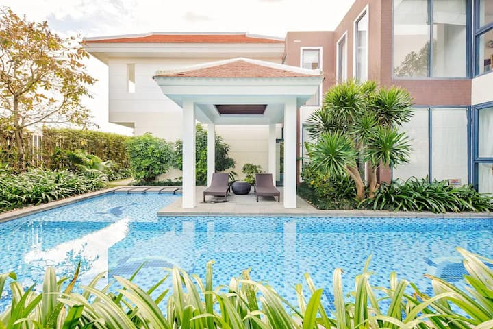 Luxury N Villas at Ocean Resort Da Nang