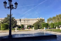 El barrio - Palacio Real (3 mins)