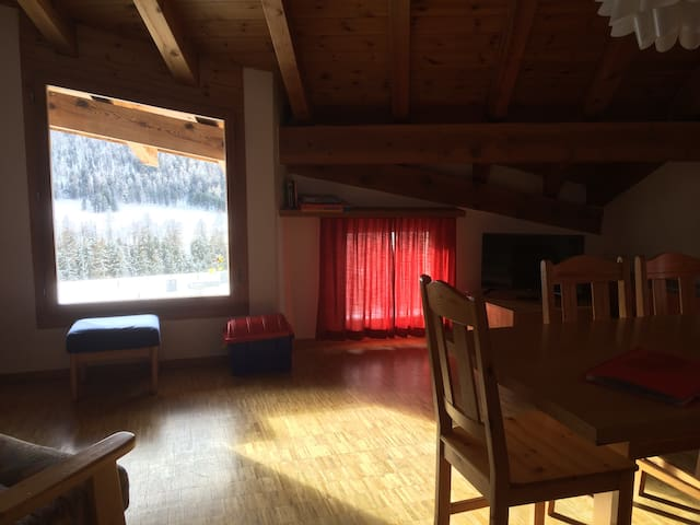Piz Alv Pontresina Family apartment (5pax) - Pontresina - Apartment