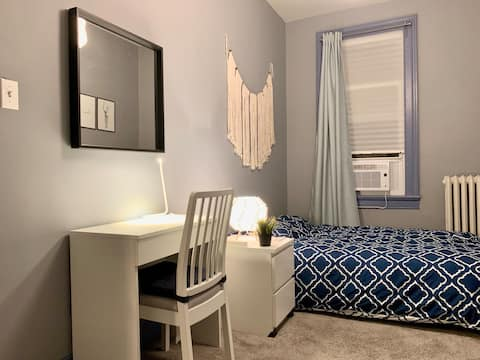 Newly renovated, Clean & Close to NYC