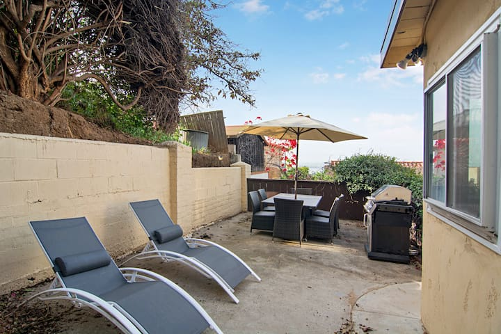 Grab a cold beverage and unwind on 2 chaise lounge chairs on the patio.