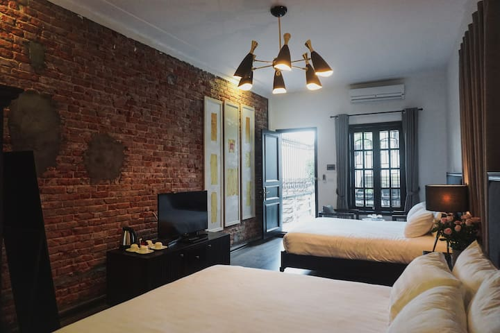 Quadruple Room With 2 Queen Bed in Old Quarter - Hanoi - Huvila