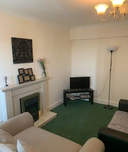 A nice room in a shared flat close to the center.