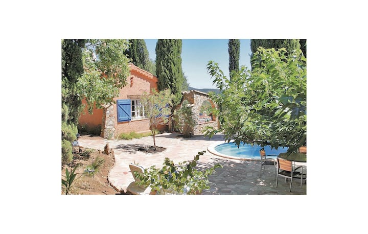 Nice home in La Garde Freinet with WiFi, Outdoor swimming pool and 2 Bedrooms
