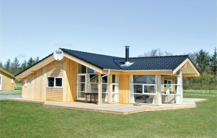 Holiday cottage with 3 bedrooms on 98 m² B3194