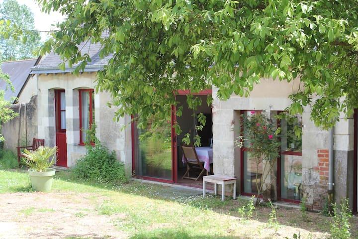 Petit Gîte de l'huilerie - Dissay-Sous-Courcillon - Rumah