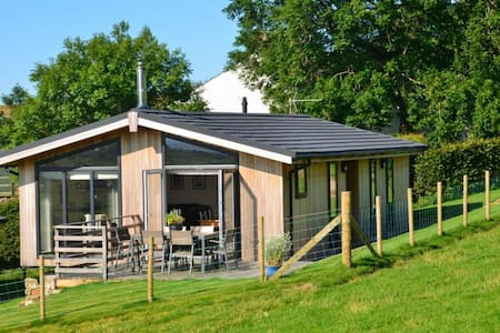 CARROCK LODGE, Paddigill Farm, Caldbeck, near Keswick - Wigton