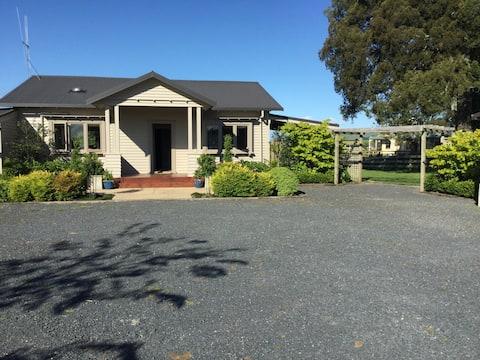 Private Oasis, Matangi, 2 bedrooms