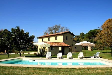 Tenuta Monti - Borgo San Lorenzo