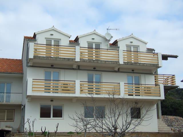 Apartmani Ivan 2