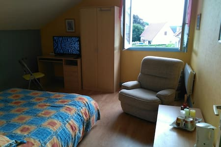 15 mn CAEN A84 chambre double+SDB - Noyers-Bocage