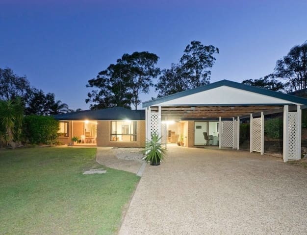 Peaceful Stay - Perfect Location - Loganholme - Huis