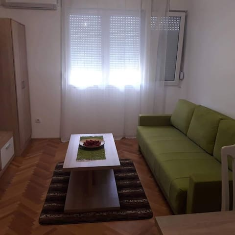 Уютная студия в центре Бар,Черногории