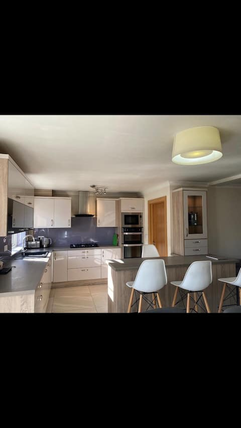 1 Bedroom Apartment in the heart of Douglas