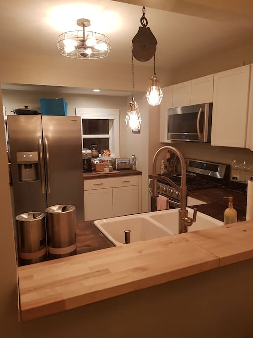 Fully Equipped Kitchen Completely new Appliances