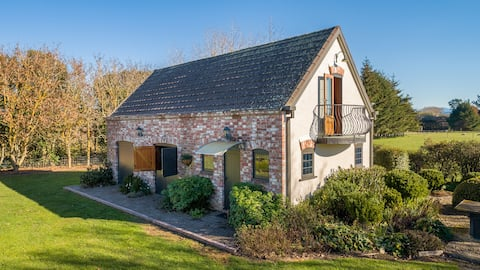 Golden Hills French Cottage