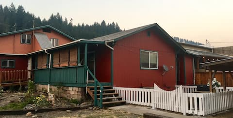 Maxwell House Lodge