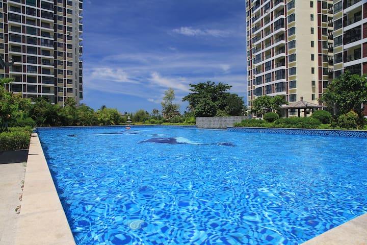 北纬18度泳池度假公寓