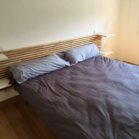 2 BEDS 1.80m