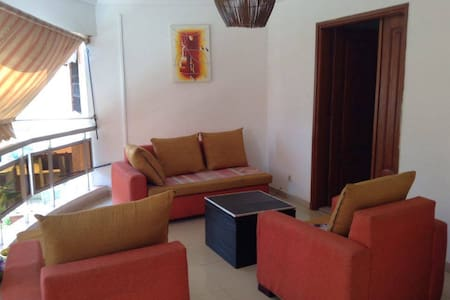 Cosy Bedroom, Cocody Riviera - Abidjan - Hus