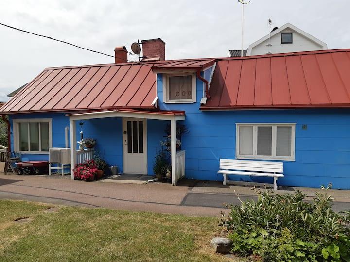 Charmigt skärgårdshus på Donsö