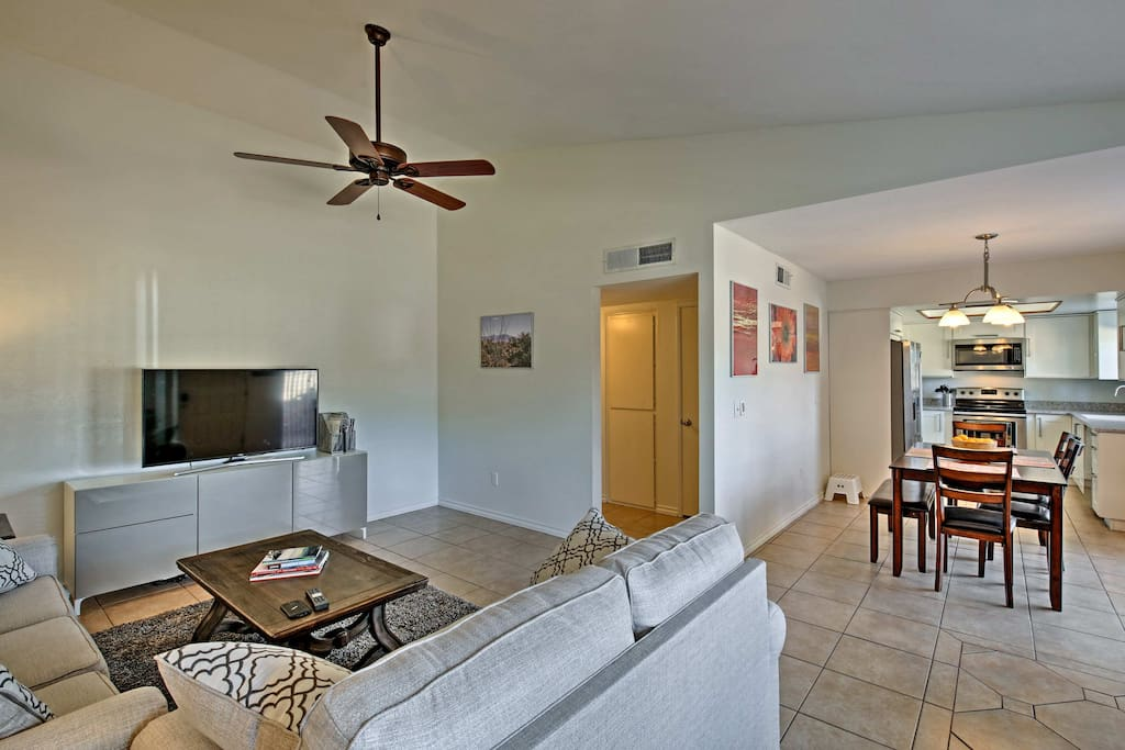 Retreat to this condo after exploiring downtown Phoenix.