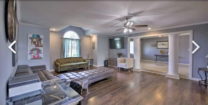 Long Stay - Luxury Home( Great for Personal/Biz