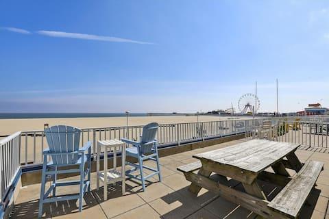 Belmont Towers 205 - Oceanfront Deck on OC Boardwalk