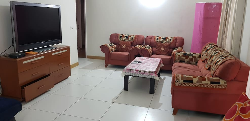 Prime apartment in Greater Noida next to Expo Mart