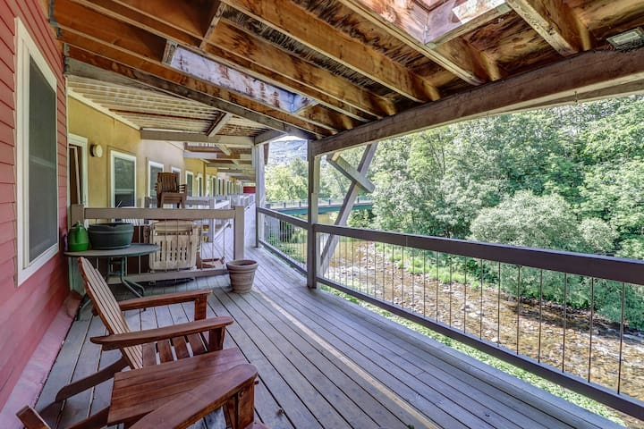 Historic downtown condo with a shared deck overlooking the river!