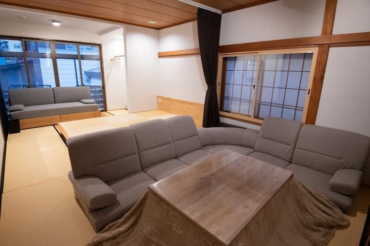 Casa38 (Nozawa Onsen Village private home)